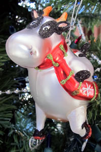 Skating cow - Christmas ornament - December 2010