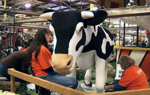 2011 Rose Bowl Parade cow
