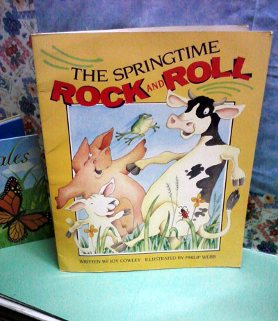 The springtime rock and roll book - happy pigs and cows