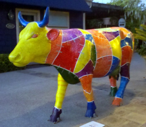 Cow statue in Solana Beach, California