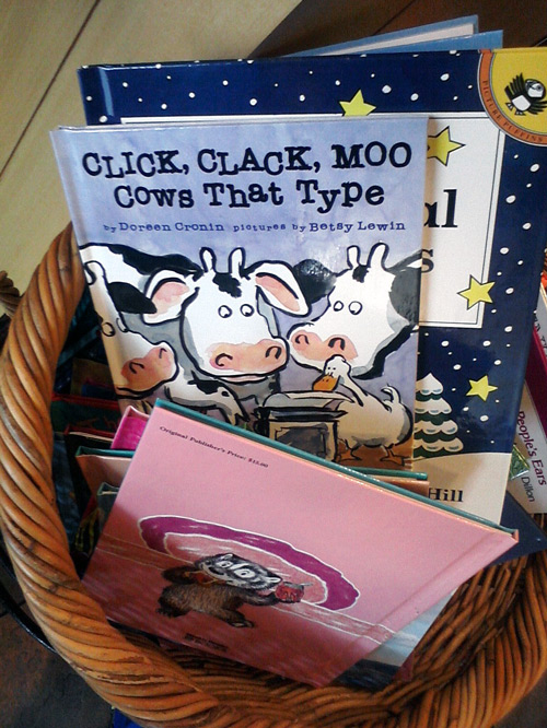 Click Clack Moo - Cows That Type by Doreen Cronin