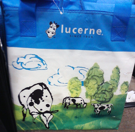 Vons Lucerne cow cooler bag