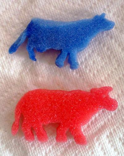 Magic grow capsules - cow and bull foam shapes